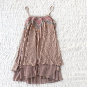 Umgee Embroidered Tan Tunic Top M